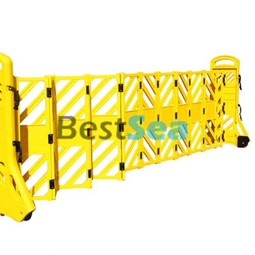 Expandble Barrier Gate